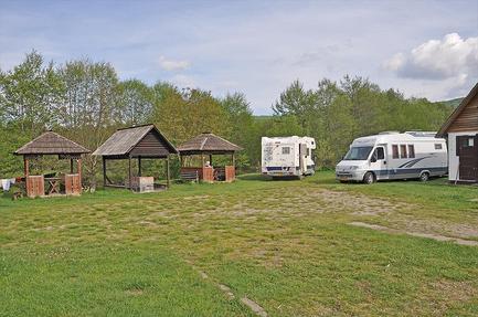 Camping Poieni